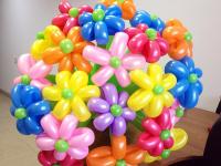Букет цветных ромашек из шаров