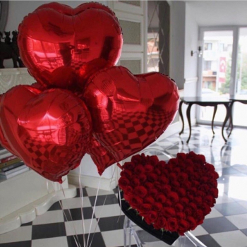 """Воздушные шары """"Три сердца"""""""