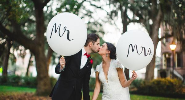"""Воздушные шары """"Mr & Mrs"""""""